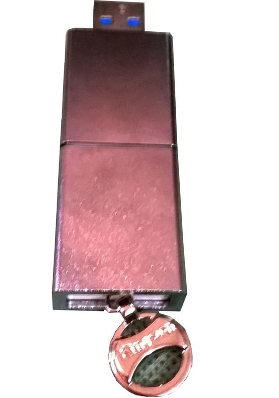 Kingston DataTraveler Ultimate 3.0 G3 32 GB Flashdisk Berukuran Besar Durabilitas Baik 5